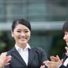 働く女性社員 イメージ